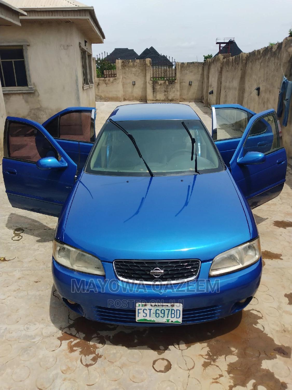 Nissan Sentra 2000 Blue