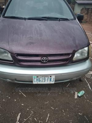 Toyota Sienna 2000 Red   Cars for sale in Ondo State, Akure
