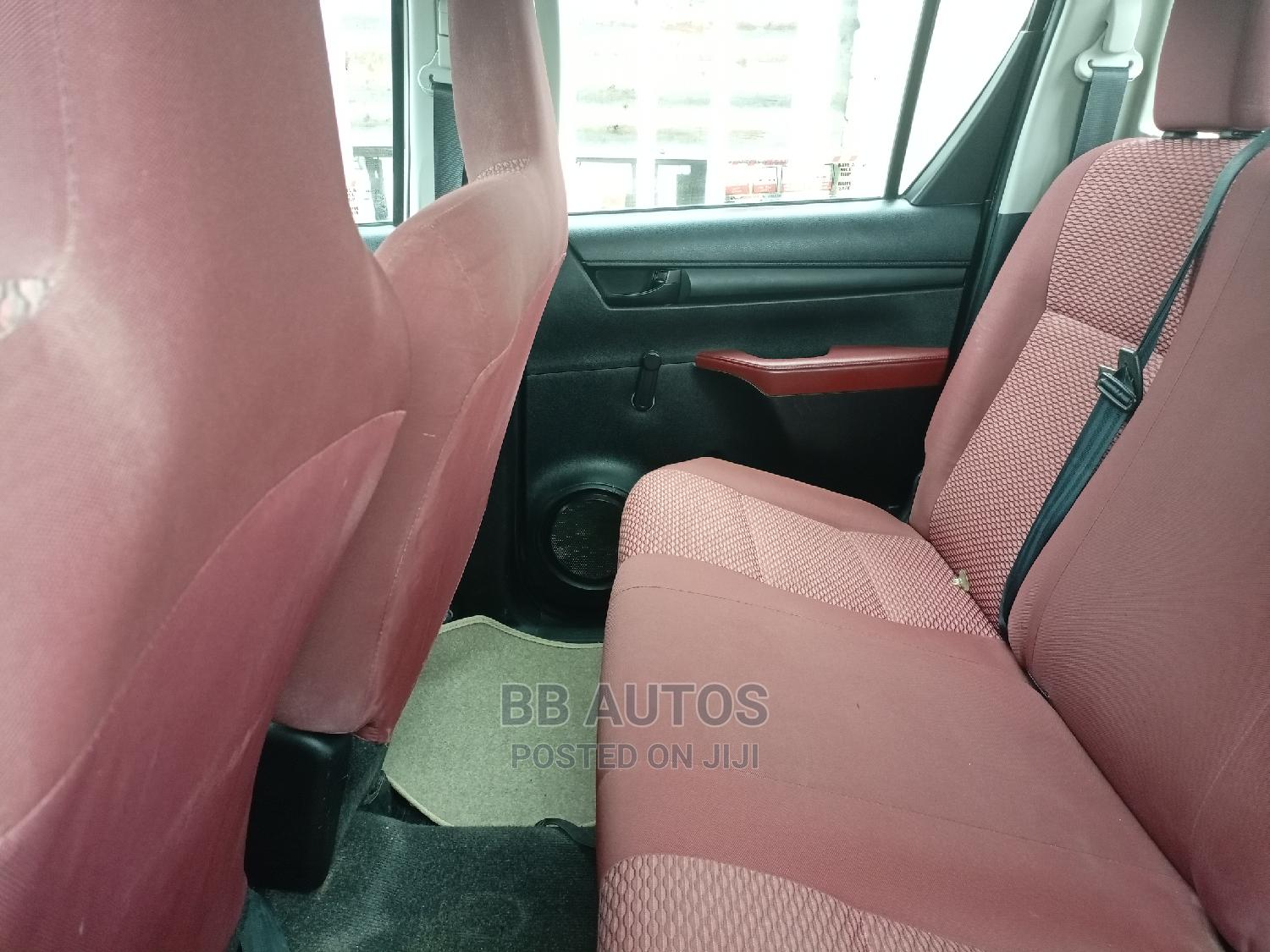 Toyota Hilux 2016 WORKMATE 4x4 White | Cars for sale in Alimosho, Lagos State, Nigeria