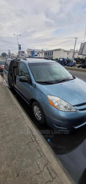 Toyota Sienna 2006 LE FWD Blue   Cars for sale in Rivers State, Port-Harcourt