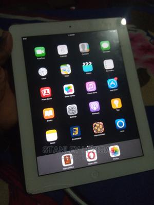Apple iPad 2 Wi-Fi + 3G 16 GB White | Tablets for sale in Rivers State, Port-Harcourt