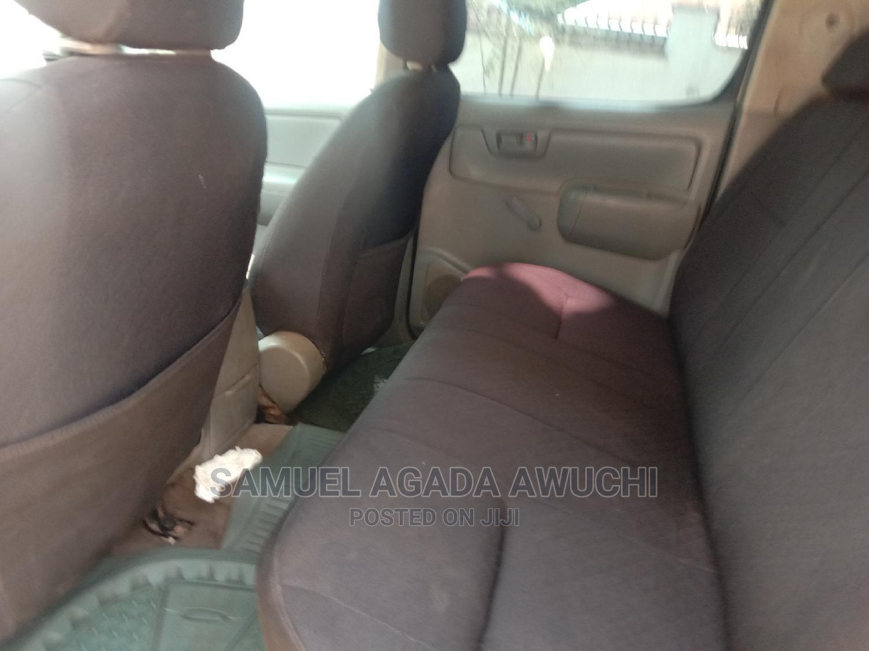 Archive: Toyota Hilux 2008 2.7 VVTi 4x4 SRX White