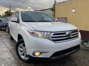 Toyota Highlander 2013 Limited 3.5l 4WD White   Cars for sale in Lagos State, Alimosho