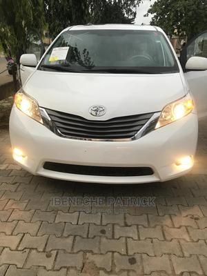 Toyota Sienna 2012 XLE 7 Passenger White | Cars for sale in Lagos State, Amuwo-Odofin