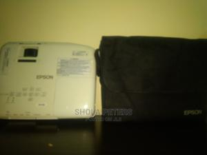 EPSON EB-S18 Projector With Scarfold   TV & DVD Equipment for sale in Abuja (FCT) State, Wuse