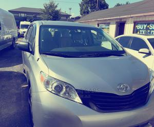Toyota Sienna 2012 7 Passenger Silver   Cars for sale in Lagos State, Amuwo-Odofin