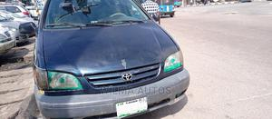 Toyota Sienna 2002 LE Blue | Cars for sale in Delta State, Warri