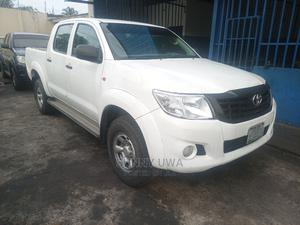 Toyota Hilux 2012 2.5 D-4d 4X4 SRX White | Cars for sale in Akwa Ibom State, Uyo