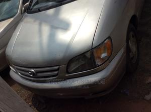 Toyota Sienna 2002 XLE Silver | Cars for sale in Lagos State, Ojodu