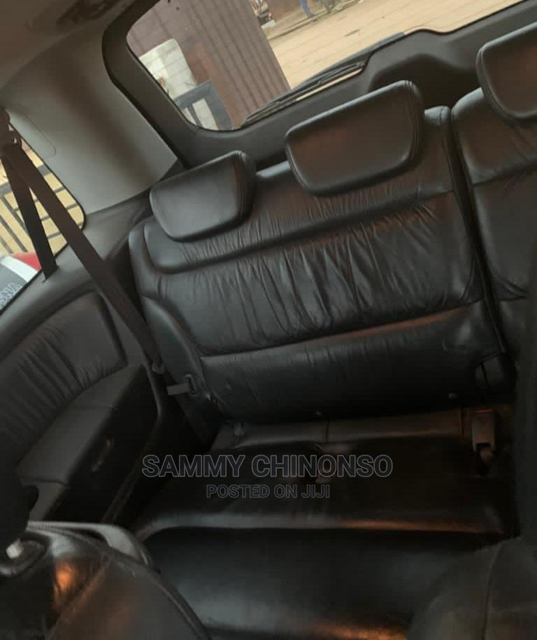 Archive: Honda Odyssey 2005 EX Automatic Gold