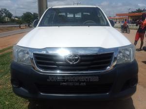 Toyota Hilux 2010 2.0 VVT-i SRX White | Cars for sale in Abuja (FCT) State, Garki 1
