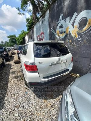 Toyota Highlander 2013 White   Cars for sale in Lagos State, Ikoyi