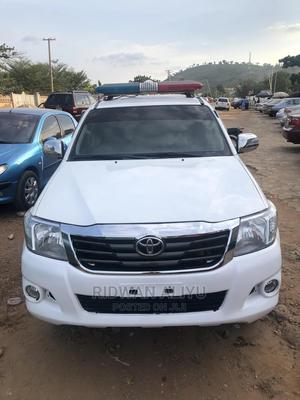 Toyota Hilux 2009 2.0 VVT-i White   Cars for sale in Abuja (FCT) State, Karu