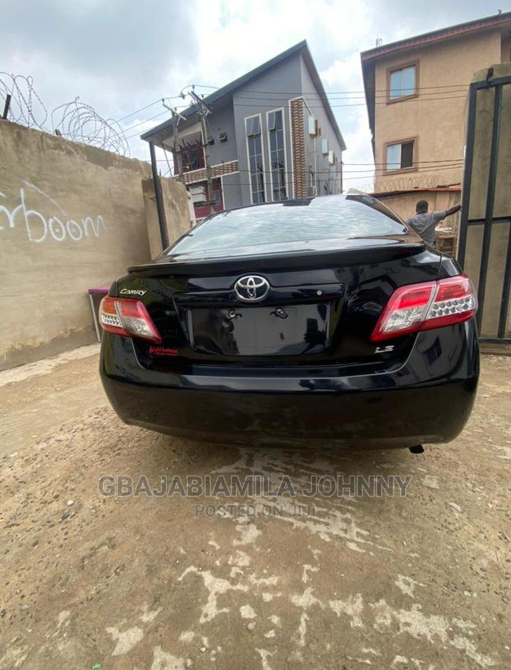 Archive: Toyota Camry 2010 Black