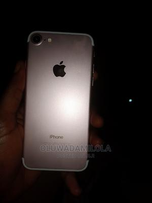 Apple iPhone 7 32 GB Gold   Mobile Phones for sale in Oyo State, Ibadan