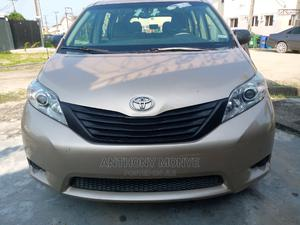 Toyota Sienna 2011 LE 7 Passenger Gold | Cars for sale in Lagos State, Ajah