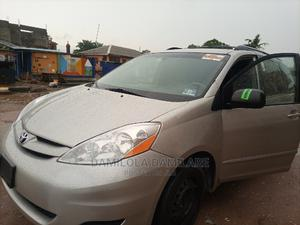 Toyota Sienna 2008 XLE AWD Gold   Cars for sale in Lagos State, Isolo