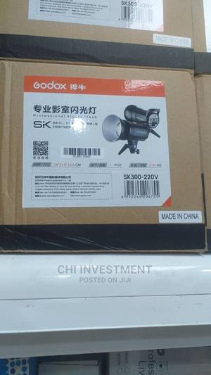 Godox SK300 Strobe Light | Accessories & Supplies for Electronics for sale in Lagos State, Oshodi
