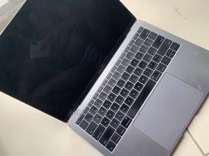 Laptop Apple MacBook Pro 2017 8GB Intel Core I5 SSD 256GB | Laptops & Computers for sale in Lagos State, Alimosho