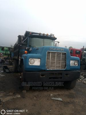 R Model Mack Normal 12 Valve Engine | Trucks & Trailers for sale in Abia State, Aba North