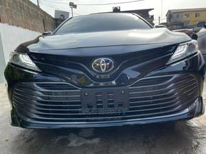 Toyota Camry 2018 XLE FWD (2.5L 4cyl 8AM) Black   Cars for sale in Lagos State, Ikeja