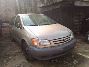 Toyota Sienna 2003 CE Gold   Cars for sale in Lagos State, Isolo