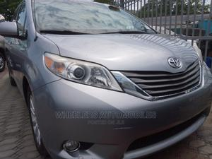 Toyota Sienna 2013 XLE AWD 7-Passenger Blue | Cars for sale in Lagos State, Amuwo-Odofin