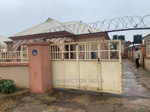 Furnished 3bdrm Bungalow in Glorious Estate, Lokogoma for Sale | Houses & Apartments For Sale for sale in Abuja (FCT) State, Lokogoma
