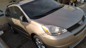 Toyota Sienna 2005 XLE Limited AWD Gold | Cars for sale in Lagos State, Yaba