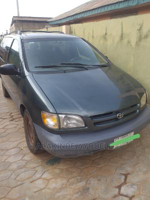 Toyota Sienna 1999 XLE Green | Cars for sale in Osun State, Ilesa