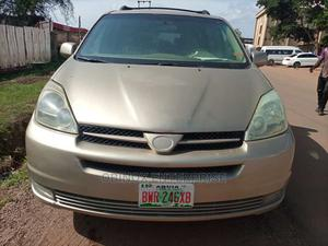 Toyota Sienna 2004 LE FWD (3.3L V6 5A) Gold | Cars for sale in Abuja (FCT) State, Gudu