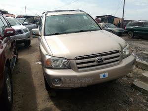 Toyota Highlander 2005 V6 Gold   Cars for sale in Lagos State, Apapa