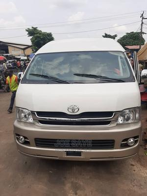 2010 Toyota Hiace Bus Hummer 3 Automatic | Buses & Microbuses for sale in Lagos State, Ikeja