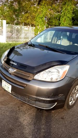 Toyota Sienna 2005 LE AWD Gray | Cars for sale in Abuja (FCT) State, Wuse 2