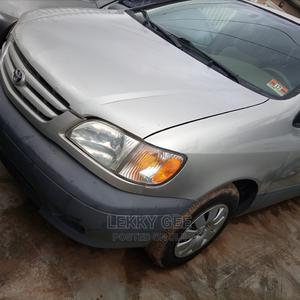 Toyota Sienna 2001 CE Gold | Cars for sale in Lagos State, Alimosho