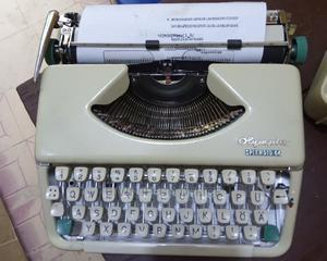 Portable Typewriter   Store Equipment for sale in Lagos State, Lagos Island (Eko)