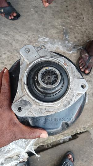 Mercedes Benz Shocks 212   Vehicle Parts & Accessories for sale in Lagos State, Mushin