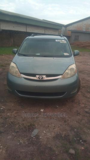 Toyota Sienna 2006 XLE Limited AWD Blue | Cars for sale in Lagos State, Isolo