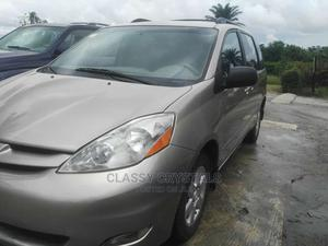 Toyota Sienna 2008 LE Gold | Cars for sale in Delta State, Warri