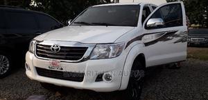 Toyota Hilux 2012 2.7 VVT-i 4X4 SRX White   Cars for sale in Abuja (FCT) State, Kubwa