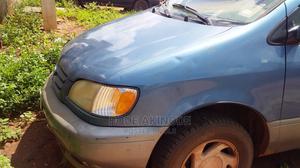 Toyota Sienna 2002 XLE Blue   Cars for sale in Ogun State, Ilaro