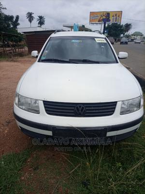 Volkswagen Passat 2001 White   Cars for sale in Ekiti State, Ado Ekiti