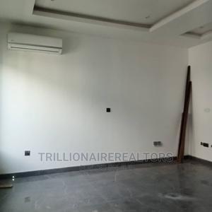 Furnished 4bdrm Duplex in Admiralty, Lekki Phase 1 for Sale | Houses & Apartments For Sale for sale in Lekki, Lekki Phase 1