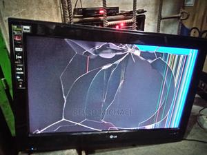 32inches LG TV | TV & DVD Equipment for sale in Lagos State, Alimosho