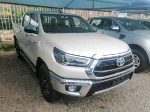 New Toyota Hilux 2020 White | Cars for sale in Abuja (FCT) State, Jabi