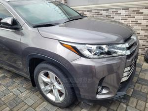 Toyota Highlander 2017 Gray | Cars for sale in Lagos State, Surulere