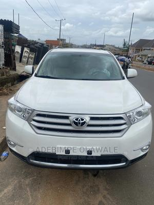 Toyota Highlander 2012 SE White   Cars for sale in Oyo State, Ibadan