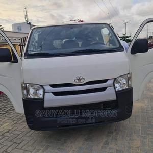Toyota HiAce 2013 White | Buses & Microbuses for sale in Lagos State, Lekki