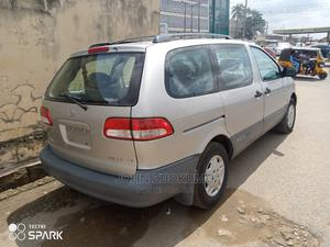Toyota Sienna 2002 LE Gold | Cars for sale in Oyo State, Ibadan