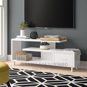TV Stand White   Furniture for sale in Lagos State, Amuwo-Odofin